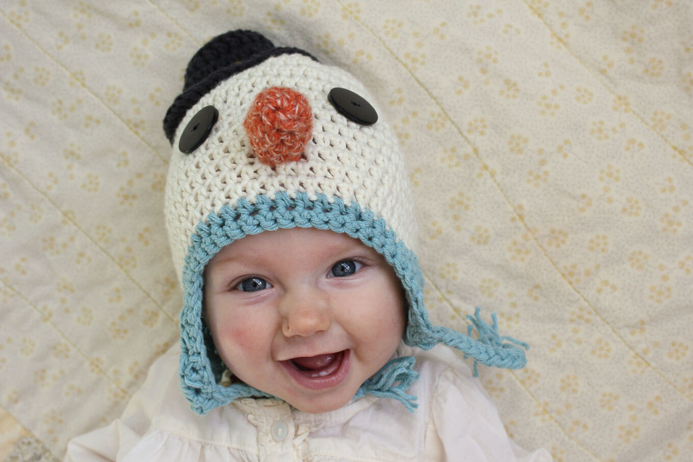 Free crochet hat pattern a baby snowman free beginner snowman crochet hat pattern sizes include newborn infant baby and bankloansurffo Choice Image