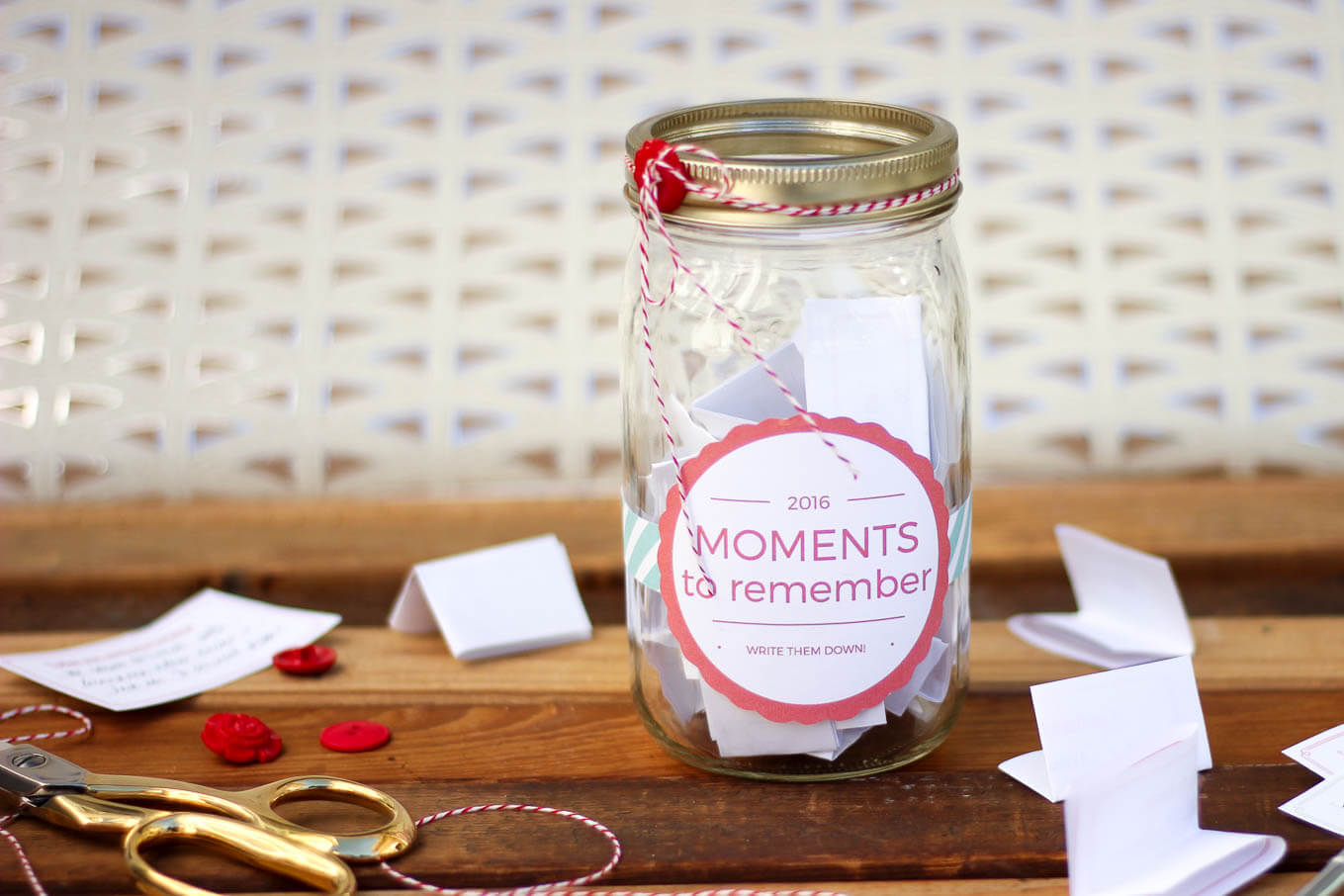 diy memory jar tutorial a great alternative to keeping a daily journal includes