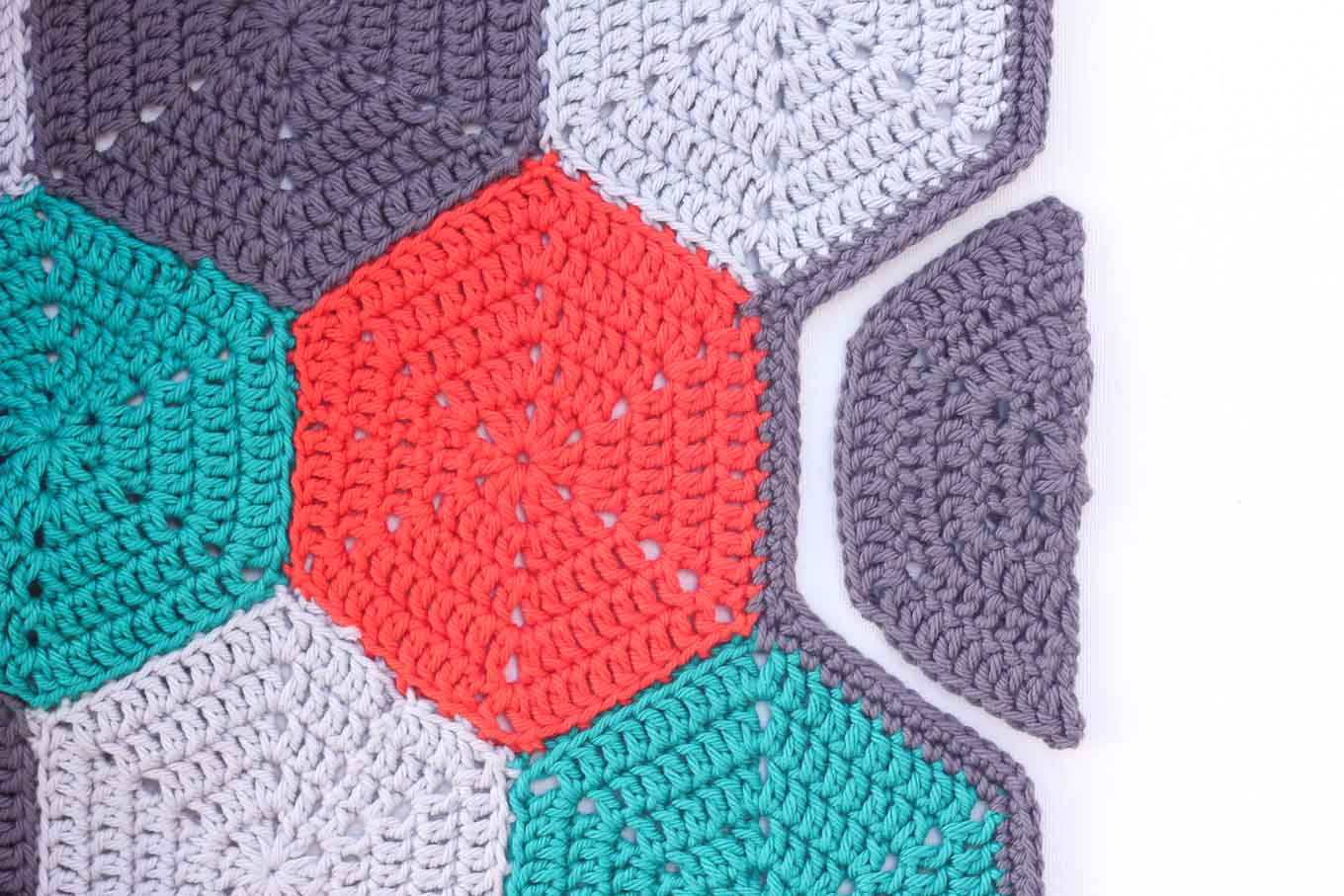 Crocheting Hexagons : Tutorial: How to Crochet a Half Hexagon - Make and Do Crew