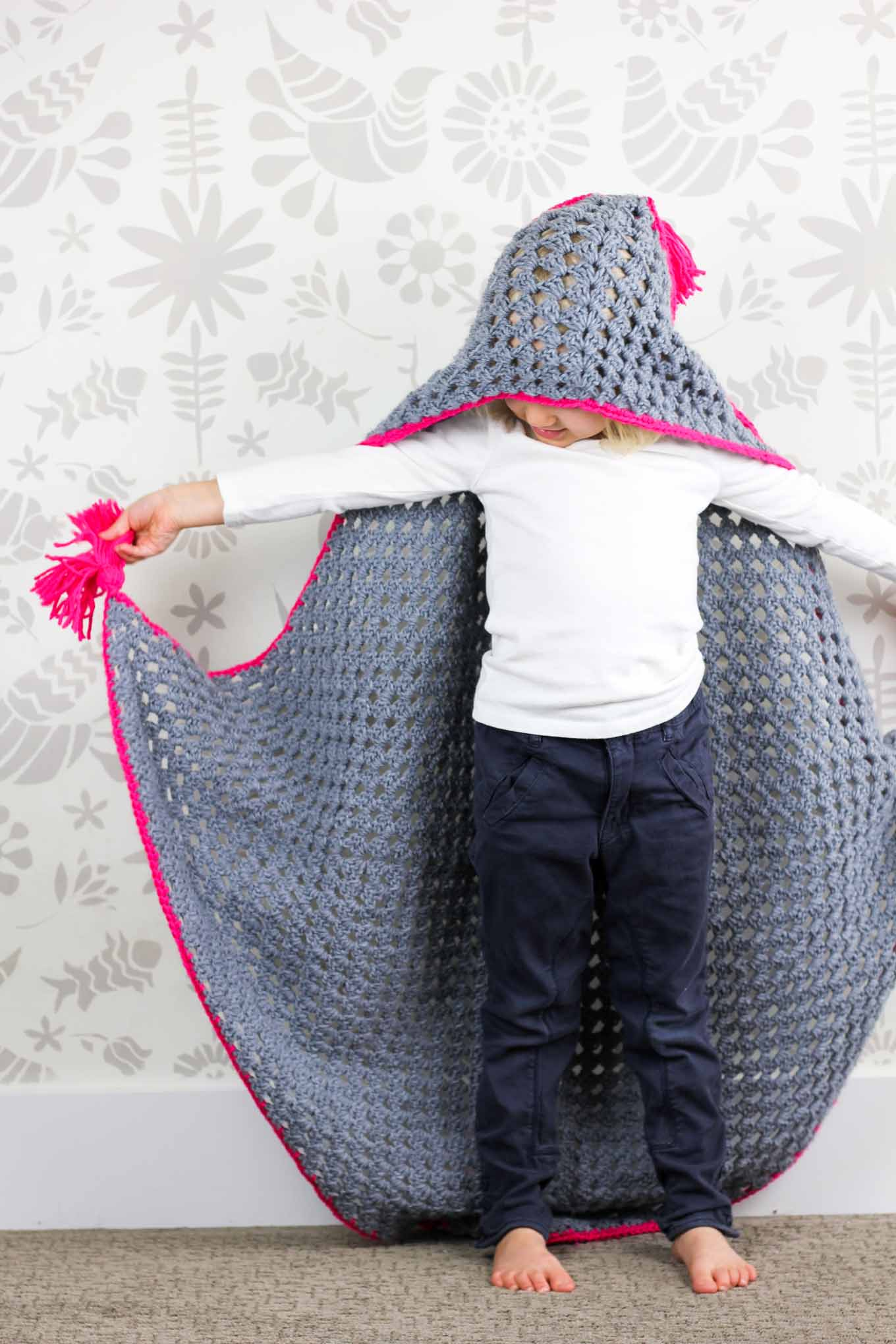 Free Crochet Baby Patterns For Blankets : Modern Crochet Hooded Baby Blanket - free pattern for charity