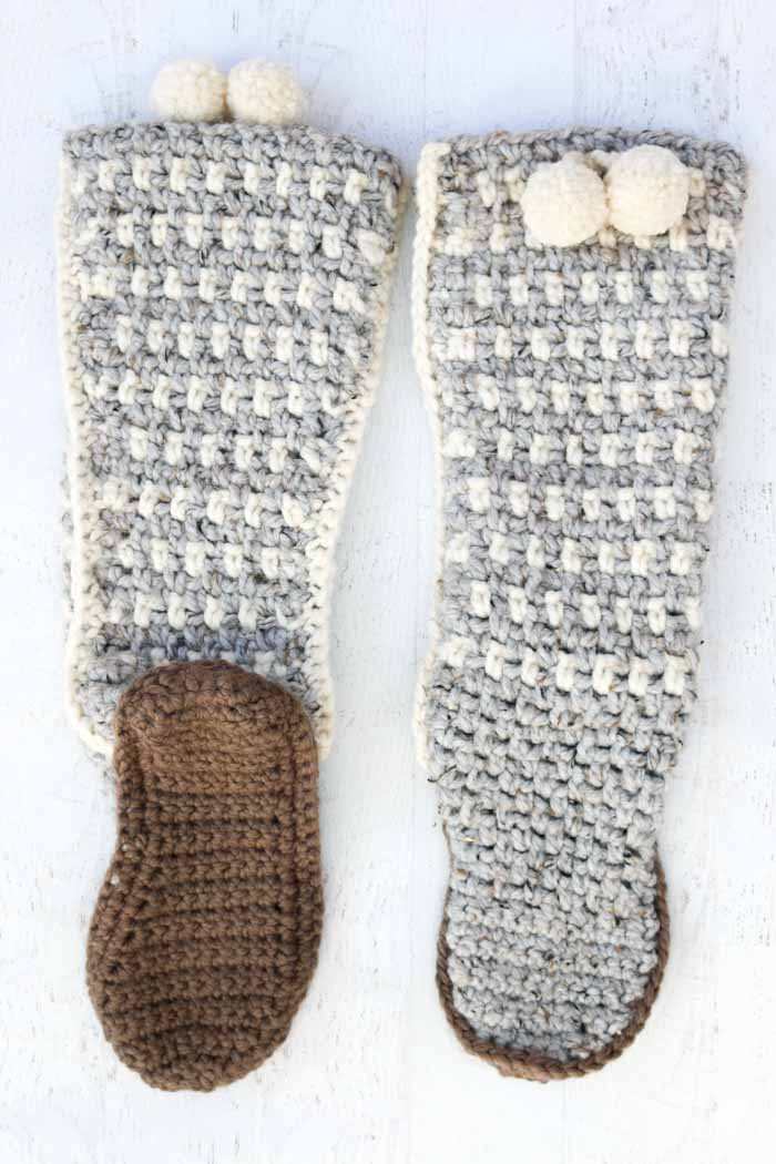 Stylish and Slouchy Crochet Mukluk Slippers - free pattern!