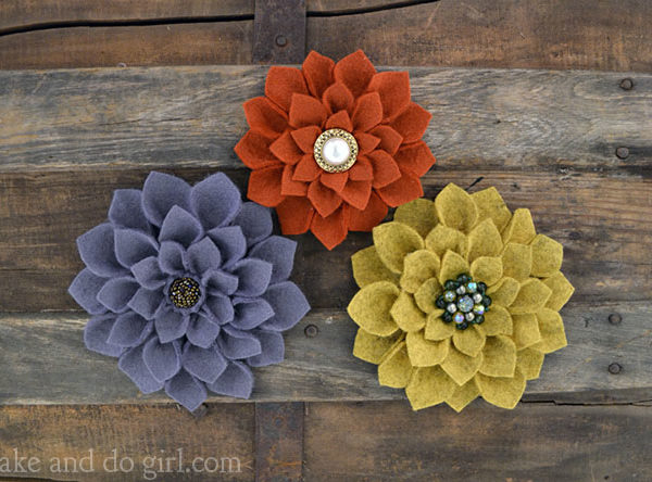 DIY felt flower tutorial | MakeAndDoCrew.com