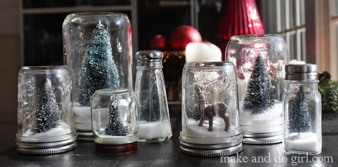 Anthropologie knockoff! DIY mason jar snowglobe tutorial. Simple project to do with kids to make gifts for teachers. | Makeanddocrew.com