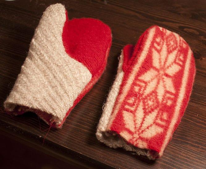 Sweaters and Mittens Fleece Blanket