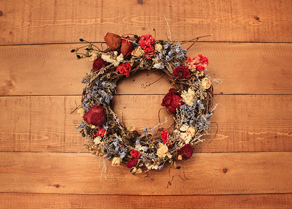 Turn Your Wedding Bouquet Into a Wreath