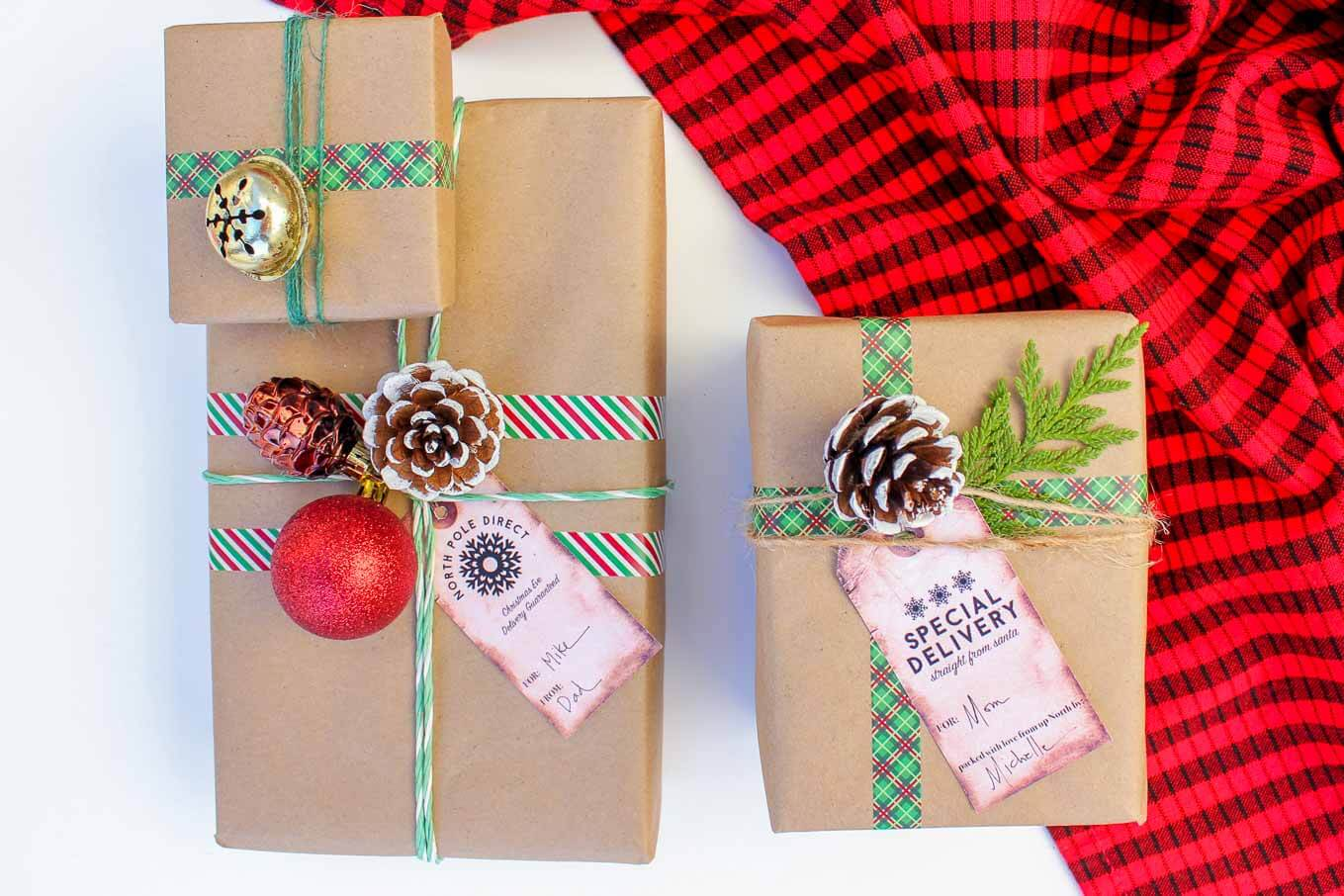 Easy Dollar Store Christmas Gift Wrap Ideas + Free Gift Tags