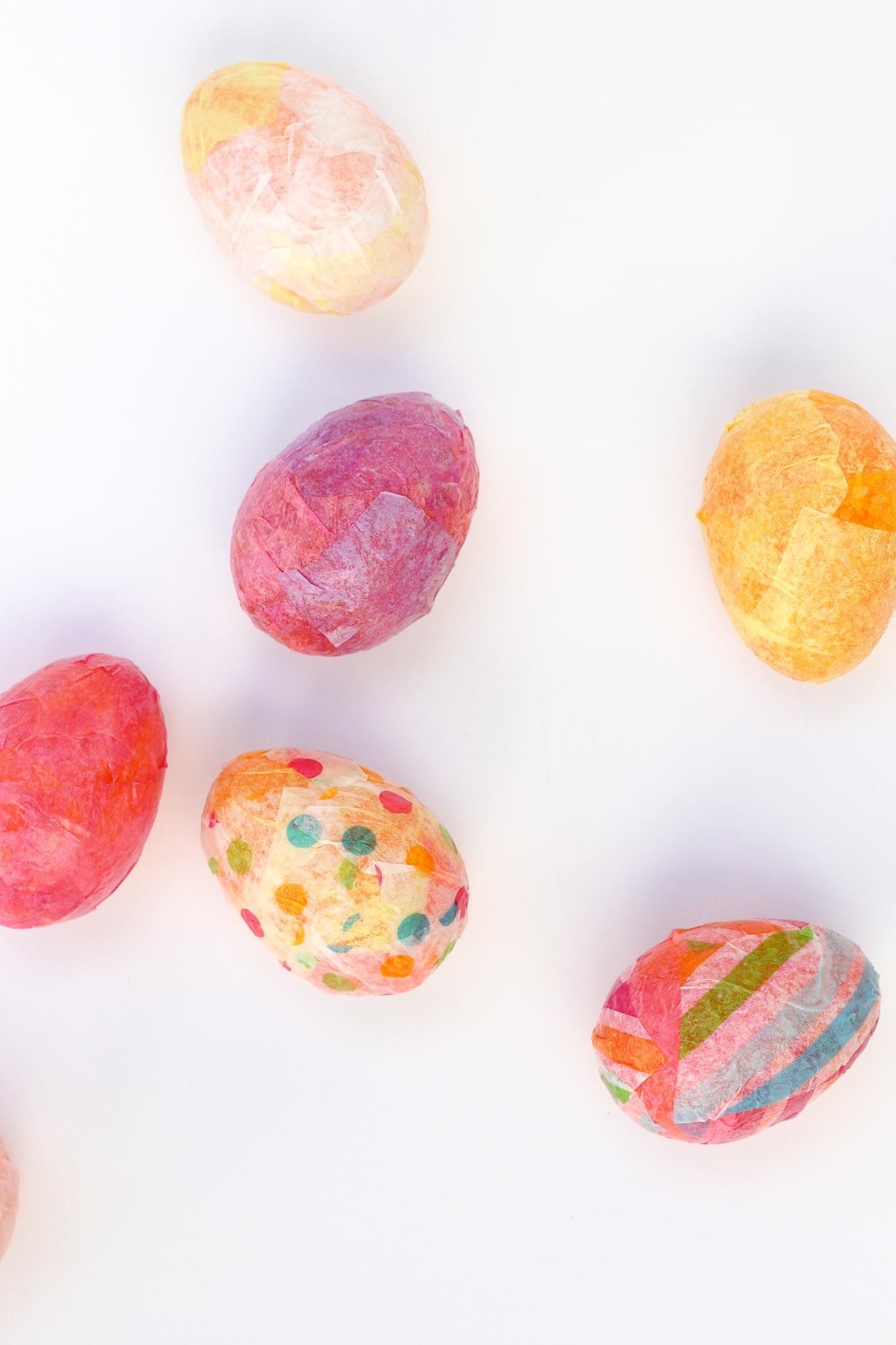 No one will ever guess your stylish, textured DIY Easter decorations were once cheap plastic eggs. These DIY Easter eggs are an inexpensive addition to your Spring decor! Click for this easy tutorial. | MakeAndDoCrew.com
