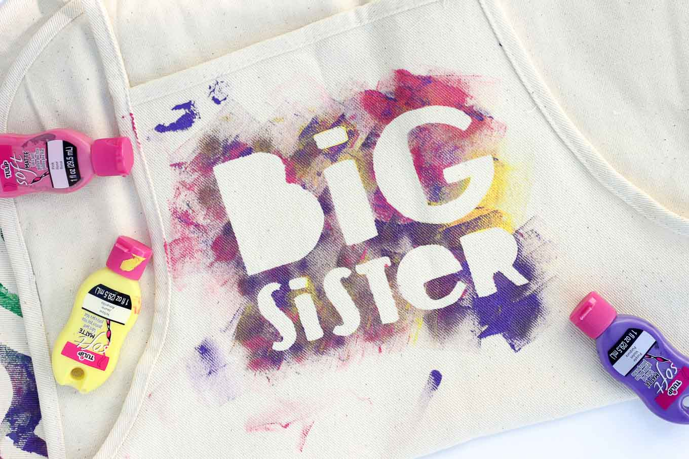 """This easy kids craft is an awesome way to prepare older siblings for their new role as the """"helper"""" in the family before a new baby arrives. The DIY apron also makes a great big brother / big sister gift idea kids can make themselves. Free template! 