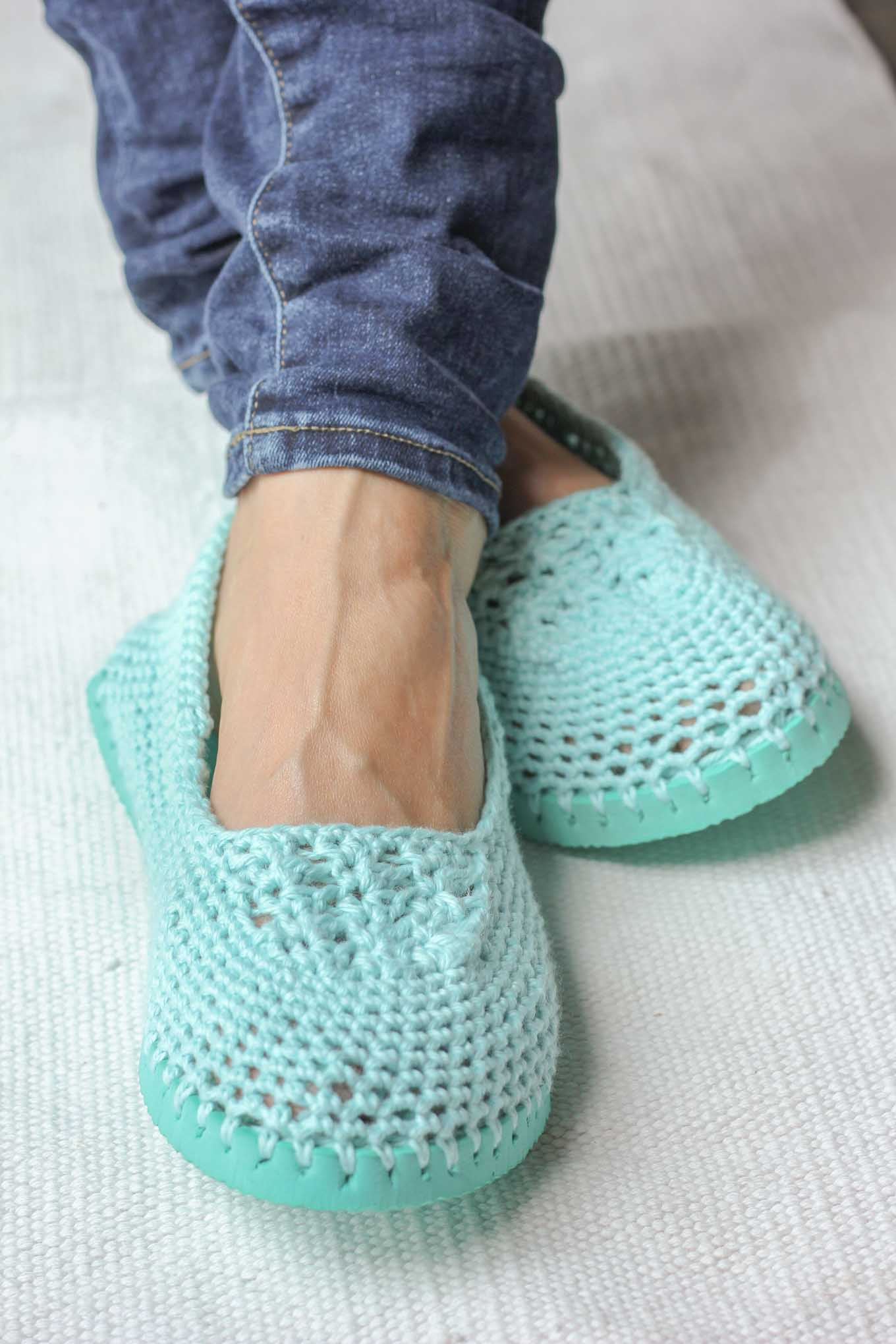 Crochet Slippers With Soles Free Crochet Patten Using Flip Flops