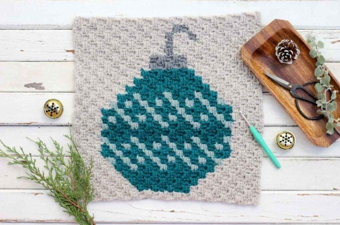 Free Pattern: C2C Crochet Christmas Bulb