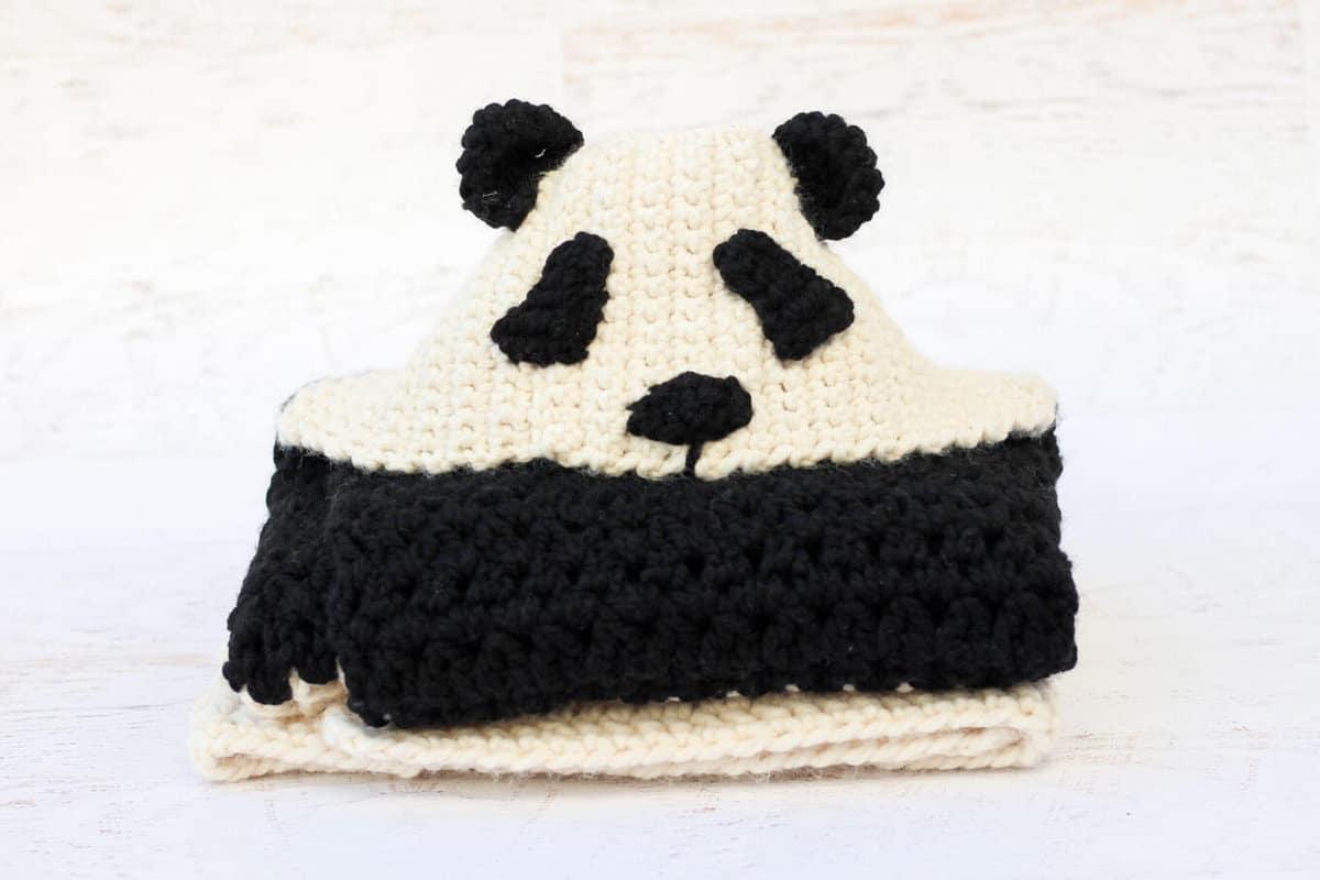 Free Crochet Panda Afghan Patterns : crochet-panda-hooded-afghan-free-pattern - Make & Do Crew