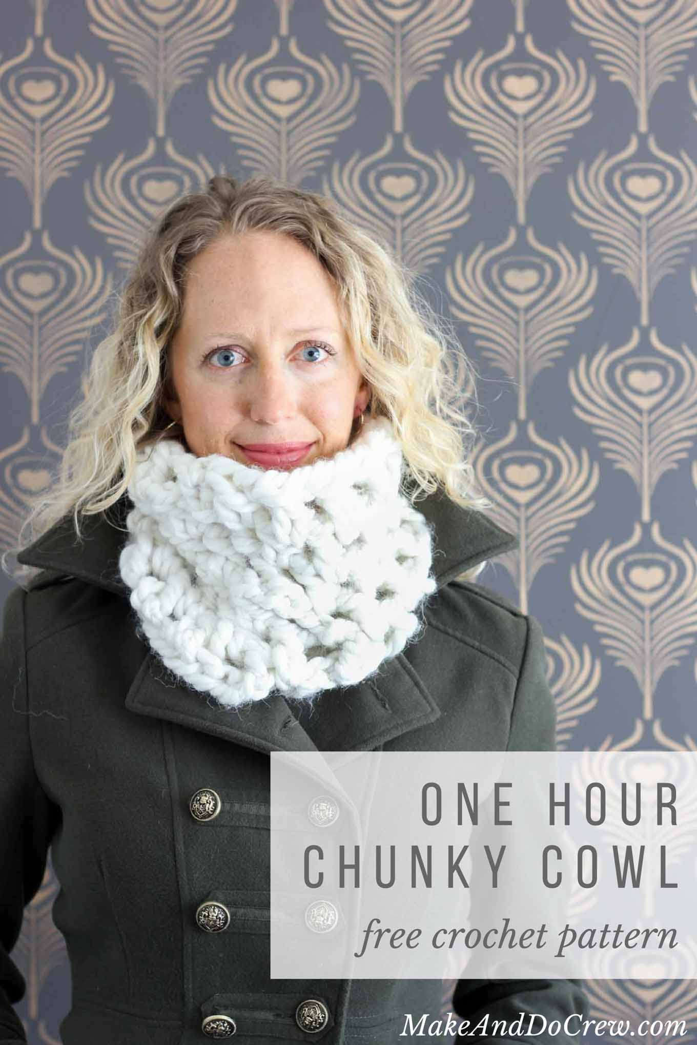One hour chunky cowl free crochet pattern make do crew this free chunky cowl pattern works up in a jiffy and feels like a blanket of bankloansurffo Gallery