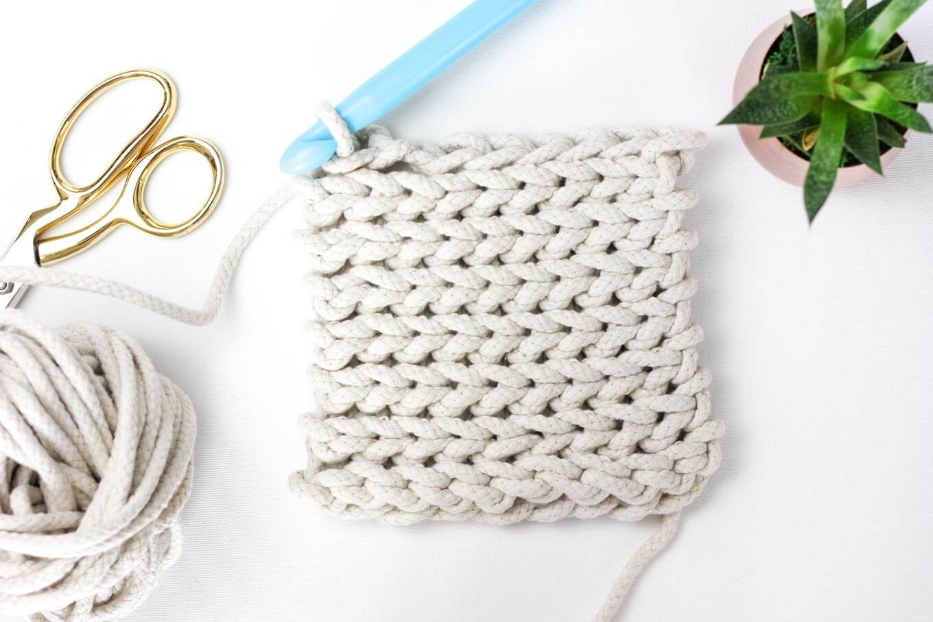 rope-crochet-trivet-pattern