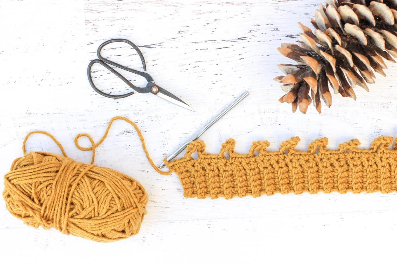 How to crochet cables the easy way. Tutorial by Make and Do Crew.
