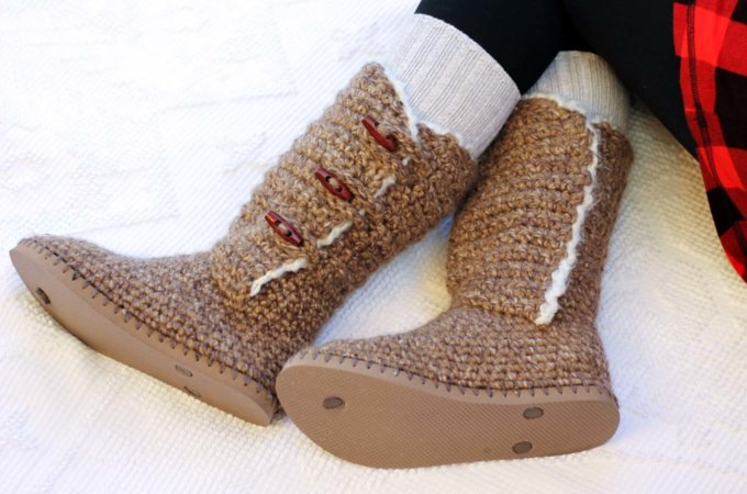"""Breckenridge"" Crochet Boots with Flip Flop Soles – Part 3"