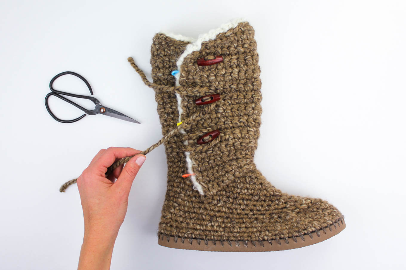 How to add toggle buttons to UGG-style crochet sweater boots. Modern crochet pattern for women!