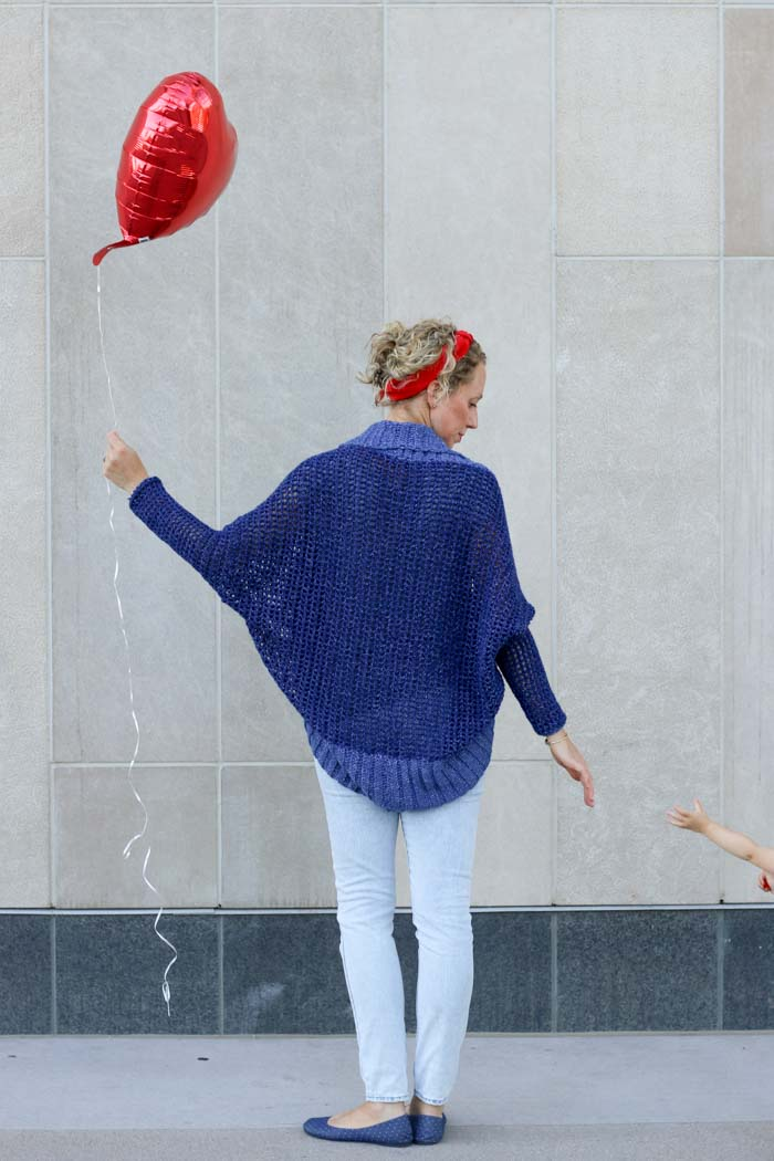 The Stonewash Shrug free crochet pattern and a peek at the real life of a crochet blogger.