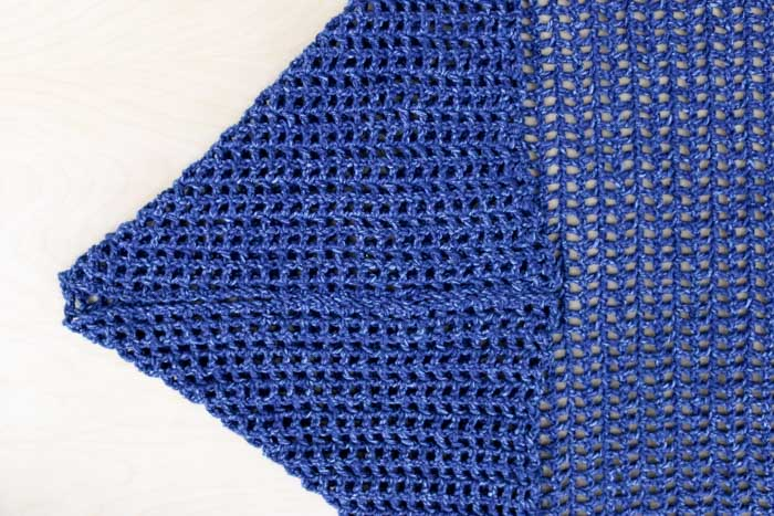 How to make a crochet blanket sweater with sleeves. Free pattern and tutorial!