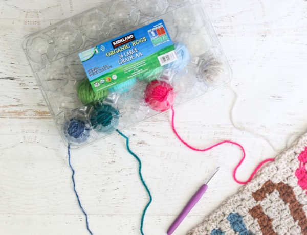 Yes! This is how to keep your yarn organized for c2c crochet (or knitting)!