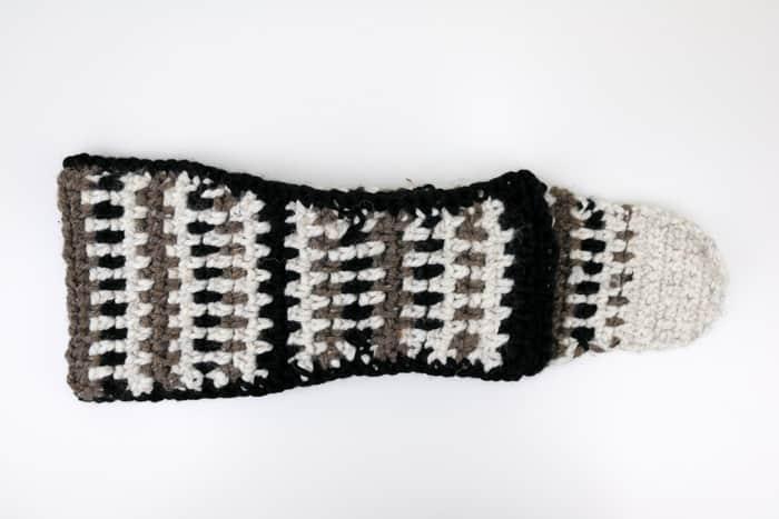 Mukluk Crochet Slipper Boots Free Pattern 15 Make Do Crew