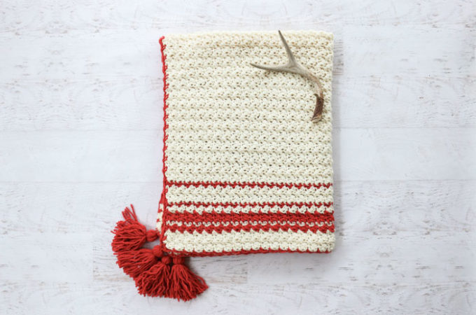 Hygge Holiday Free Beginner Crochet Blanket Pattern