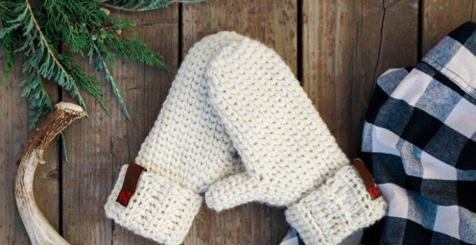 Morning Mittens: Free Crochet Mitten Pattern