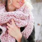 Simple Puff + Lace Crochet Triangle Scarf – Free Pattern