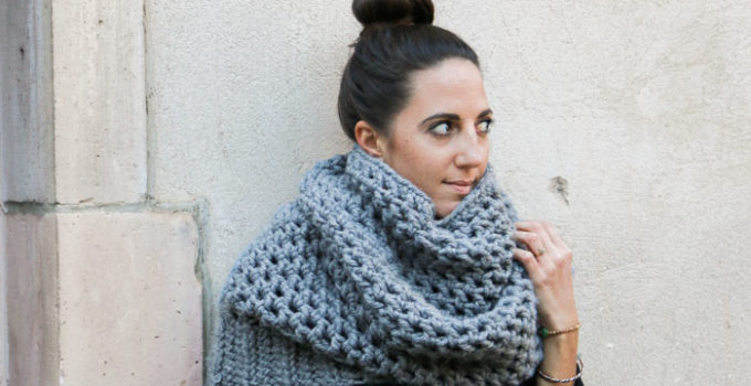The Manchester Quick Crochet Cowl – Free Pattern
