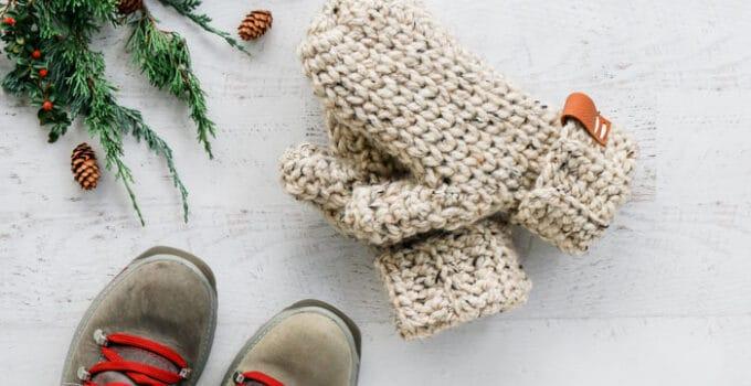 3 Hour Chunky Crochet Mittens – Free Pattern