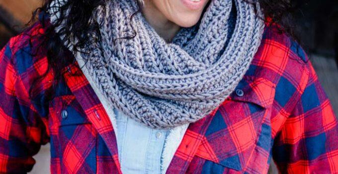 Hideaway Cowl – Free Crochet Infinity Scarf Pattern