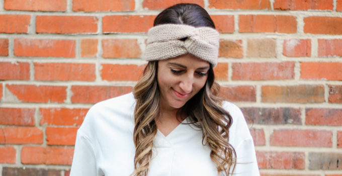 Knit-Look Twist Crochet Headband – Free Pattern