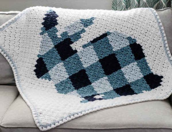 Plaid corner to corner crochet bunny rabbit blanket pattern with a pom pom tail. Free pattern using Lion Brand Vanna's Choice yarn.