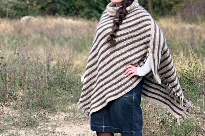 Easy Crochet Rectangle Poncho – Free Pattern from Bonnie May Blue
