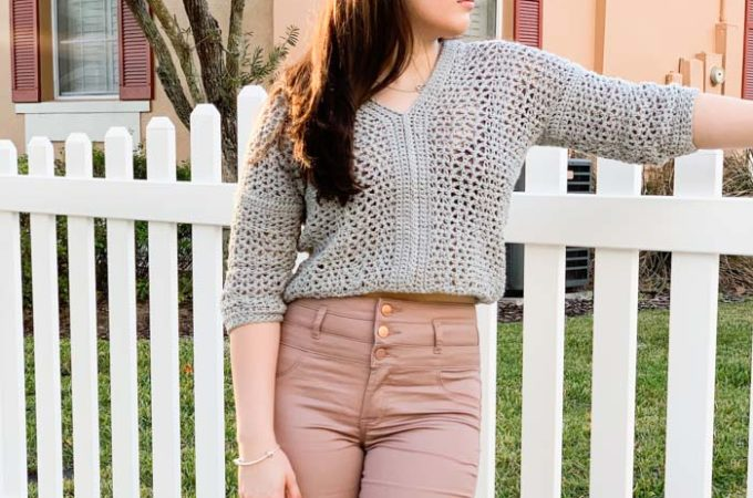Lightweight Cropped Crochet Sweater – Free Pattern by Mommy Loves Yarn