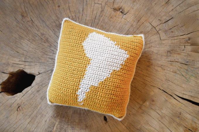 Crochet South America Map Pillow – Free Pattern by PukaPuka