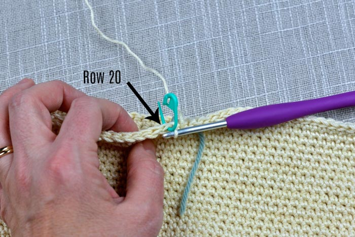detailed step-by-step tutorial showing how to crochet a shoulder bag