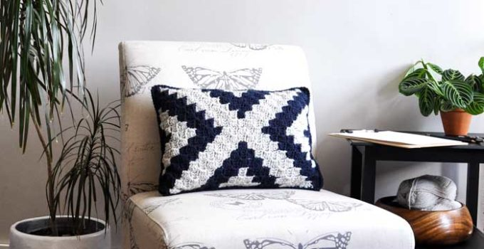 Corner to Corner Crochet Pillow – Free Pattern by Fly The Distance Co.