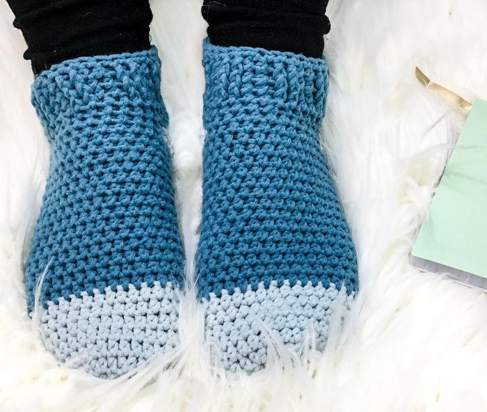 These easy crochet slipper socks are the perfect introduction to crochet footwear for beginners. Free pattern + tutorial.