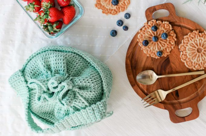 Crochet Lunch Bag (or Kids Purse) – Free Pattern by Tying An End