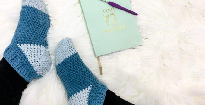 Easy Crochet Slipper Socks – Free Pattern by Left in Knots