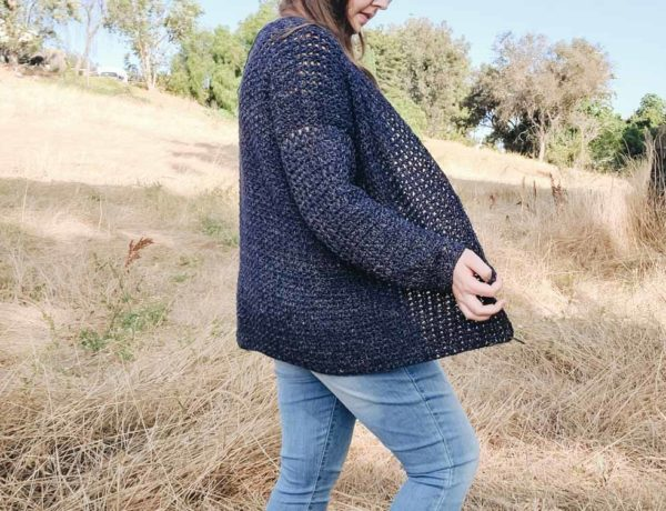 This casual V-stitch crochet cardigan comes together effortlessly with minimal counting and seaming. Follow this free pattern and tutorial with plus sizes.
